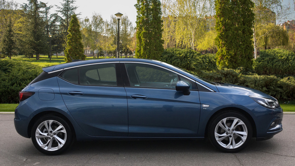 Vauxhall Astra 1.4T 16V 150 SRi image 5