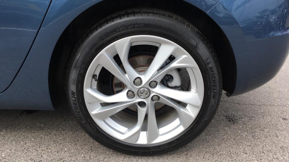 Vauxhall Astra 1.4T 16V 150 SRi image 8