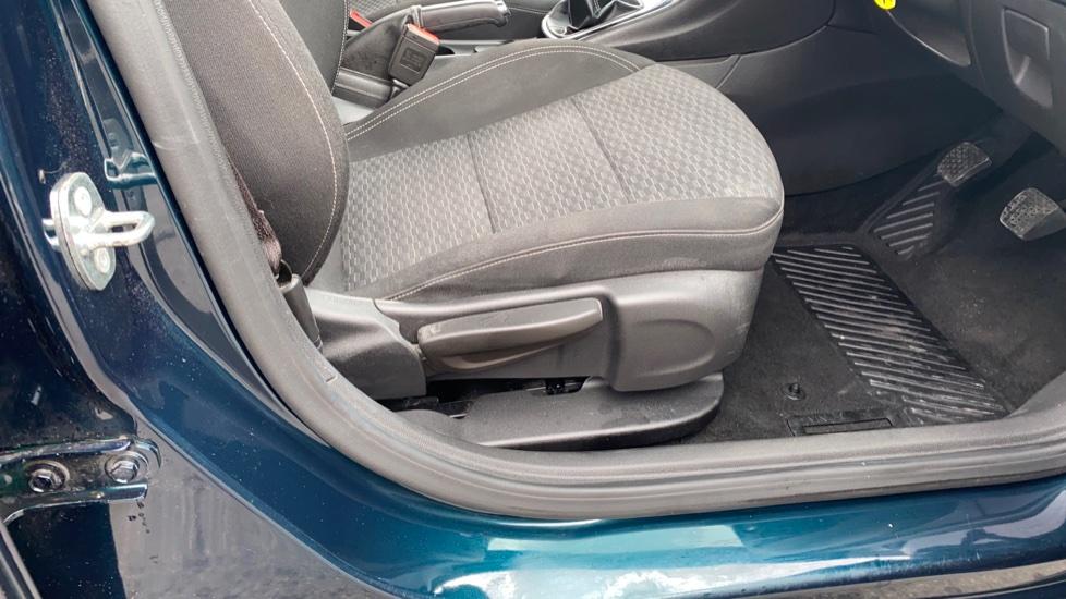 Vauxhall Astra 1.4T 16V 150 SRi 5dr image 20