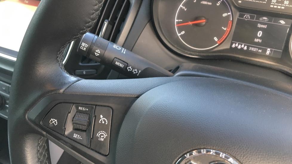 Vauxhall Zafira 1.4T SRi Nav 5dr image 12