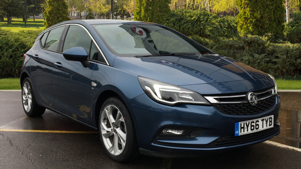 Vauxhall Astra 1.6 CDTi 16V 136 SRi Nav 5dr Diesel Hatchback (2016) image