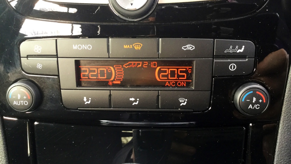 Ford Galaxy 2.0 TDCi 140 Titanium 5dr Powershift image 15
