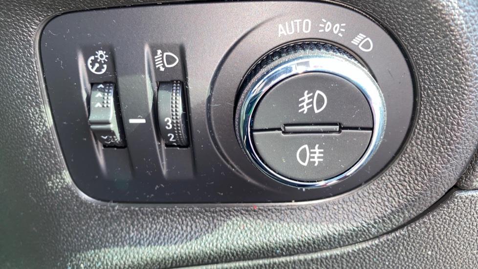 Vauxhall Grandland X 1.2 Turbo Elite Nav 5dr image 16