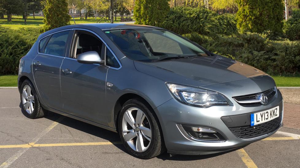 Vauxhall Astra 1.6i 16V SRi 5dr Hatchback (2013) image