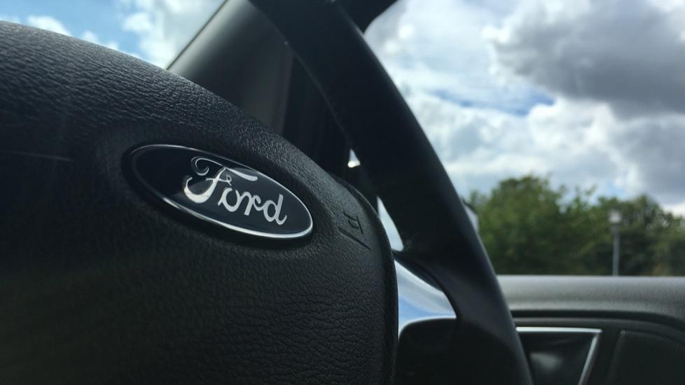 Ford EcoSport 1.0 EcoBoost Zetec 5dr image 28
