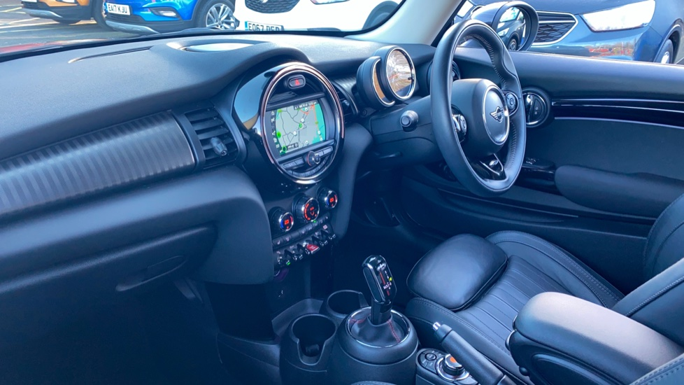 Mini Hatch 2.0 Cooper S Exclusive II image 3