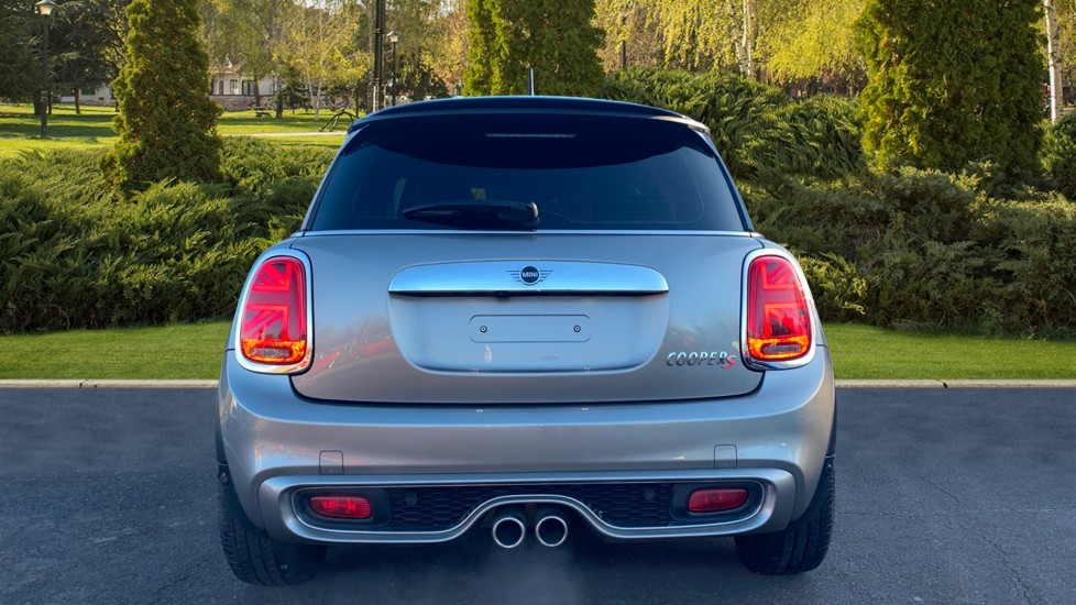 Mini Hatch 2.0 Cooper S Exclusive II image 6
