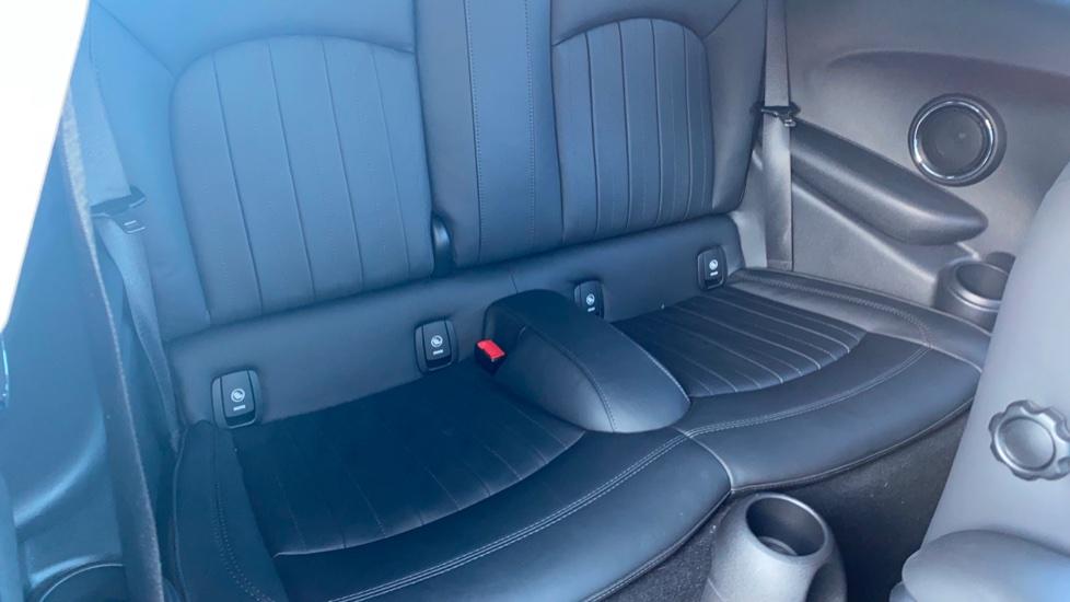 Mini Hatch 2.0 Cooper S Exclusive II image 21