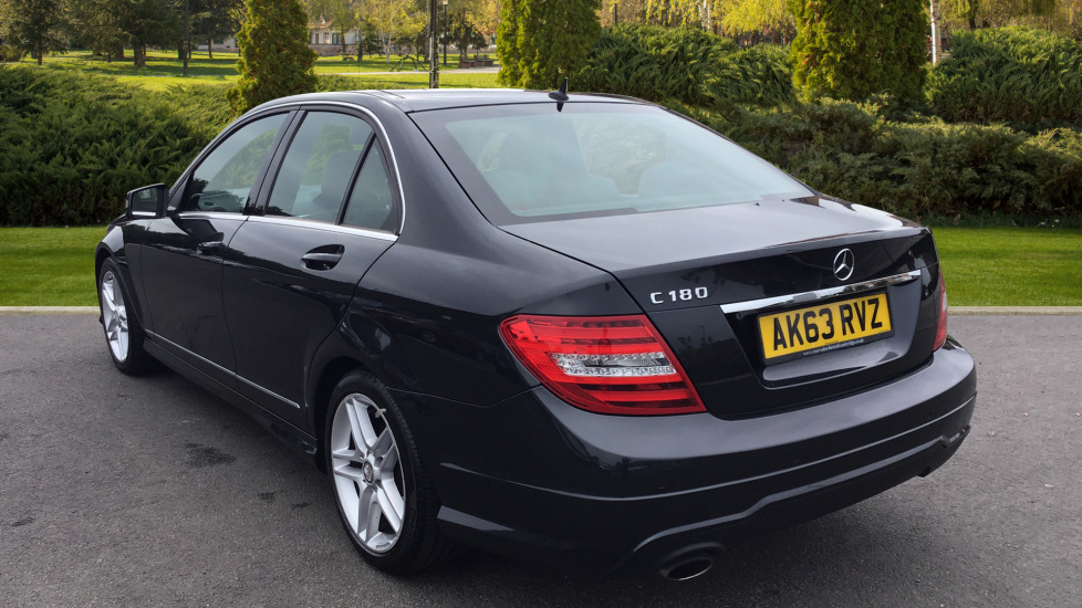 Mercedes-Benz C-Class C180 BlueEFFICIENCY AMG Sport 4dr image 2
