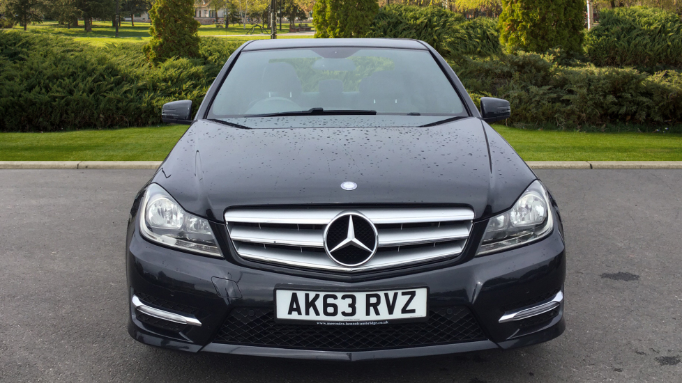 Mercedes-Benz C-Class C180 BlueEFFICIENCY AMG Sport 4dr image 7