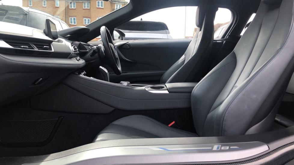 BMW i8 2dr image 3