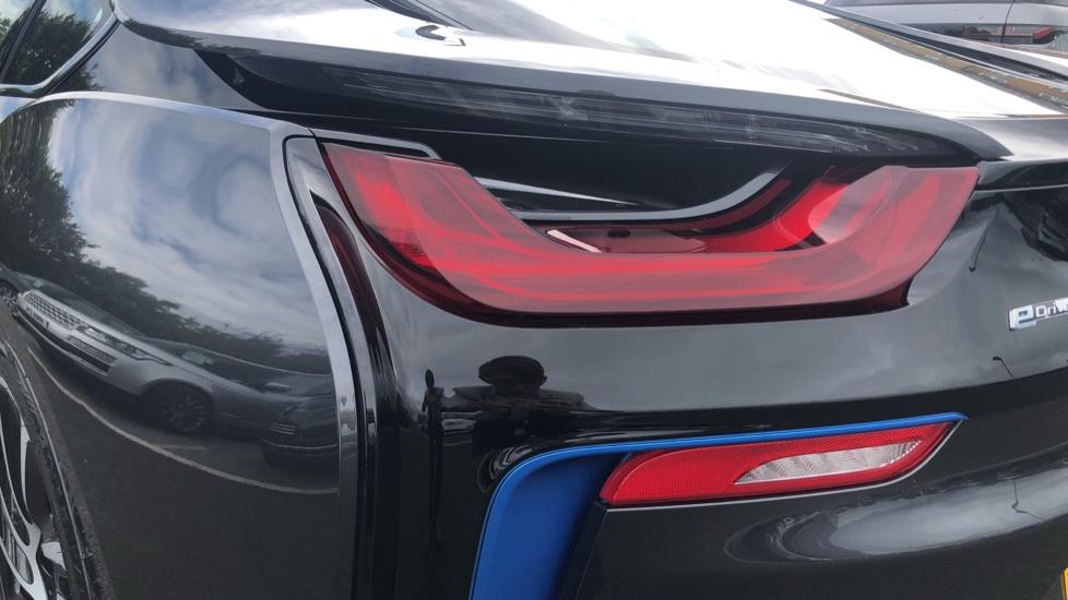 BMW i8 2dr image 10