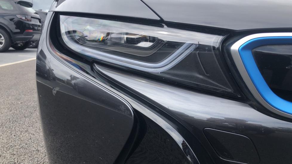 BMW i8 2dr image 18