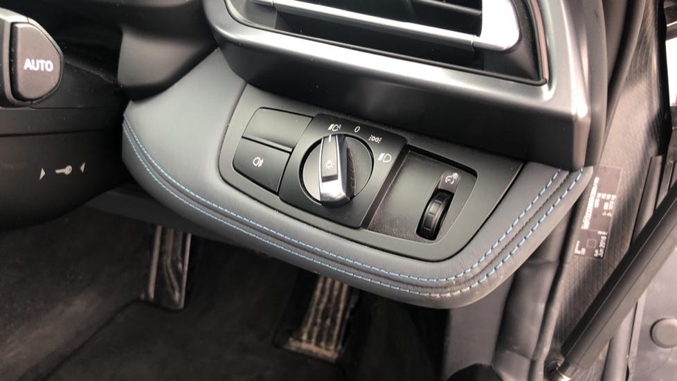 BMW i8 2dr image 21