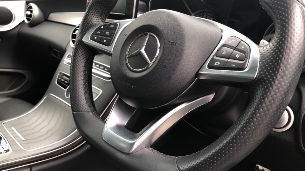 Mercedes-Benz C-Class C200 AMG Line Premium 2dr 9G-Tronic image 23
