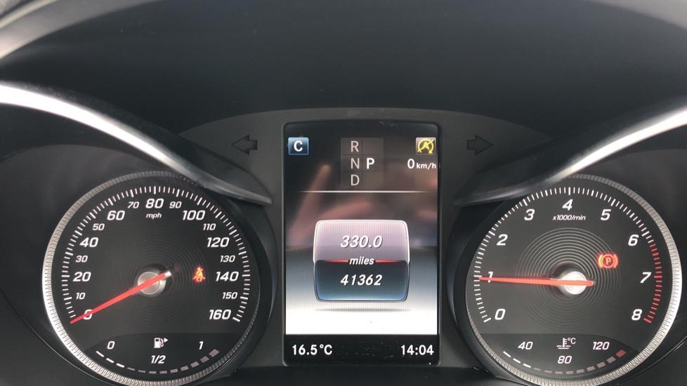 Mercedes-Benz C-Class C200 AMG Line Premium 2dr 9G-Tronic image 25