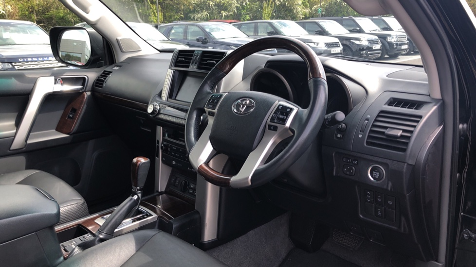 Toyota Land Cruiser 3.0 D-4D LC5 5dr [190] image 9