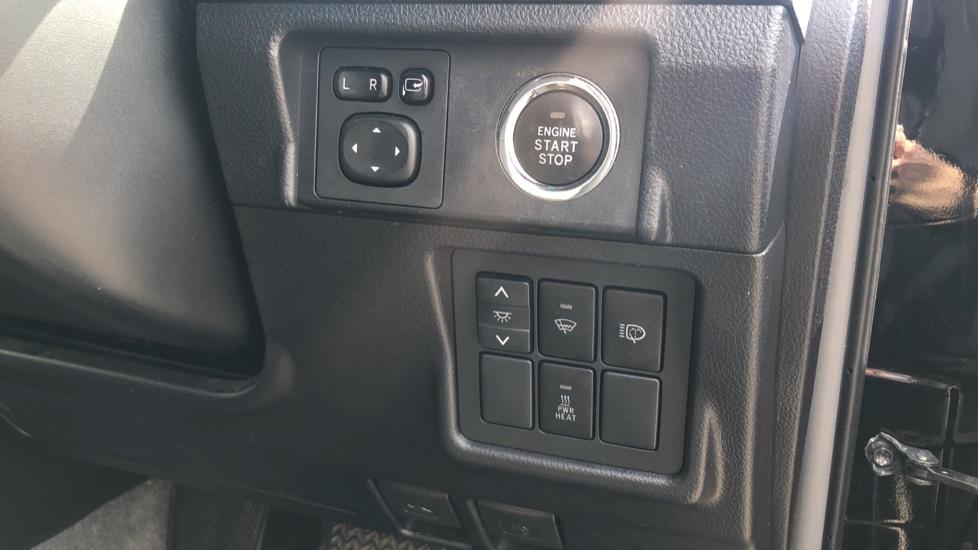 Toyota Land Cruiser 3.0 D-4D LC5 5dr [190] image 16