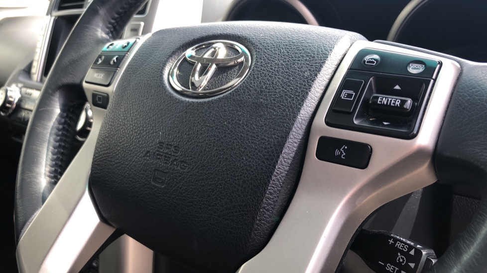 Toyota Land Cruiser 3.0 D-4D LC5 5dr [190] image 17