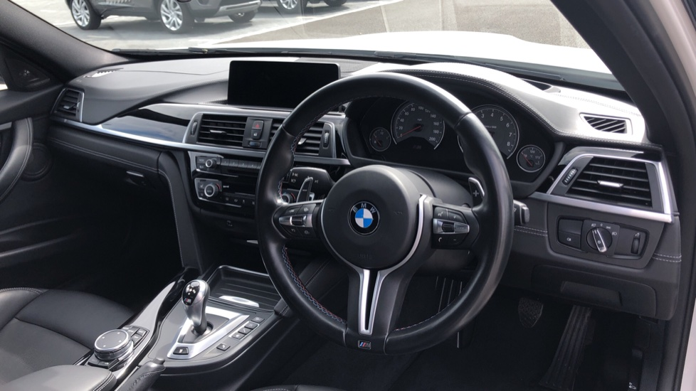 BMW M3 Competition Package DCT image 9