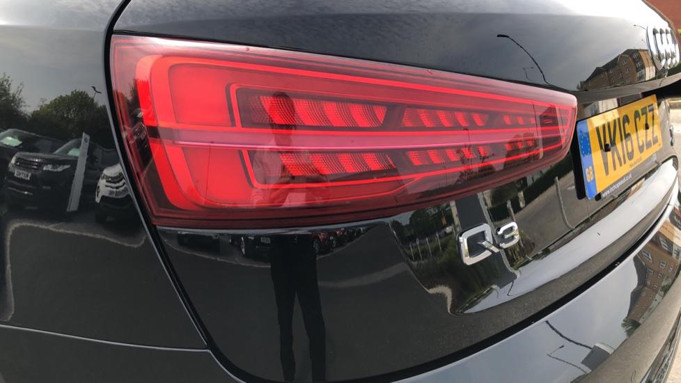 Audi Q3 2.0 TDI Quattro S Line Plus 5dr image 10