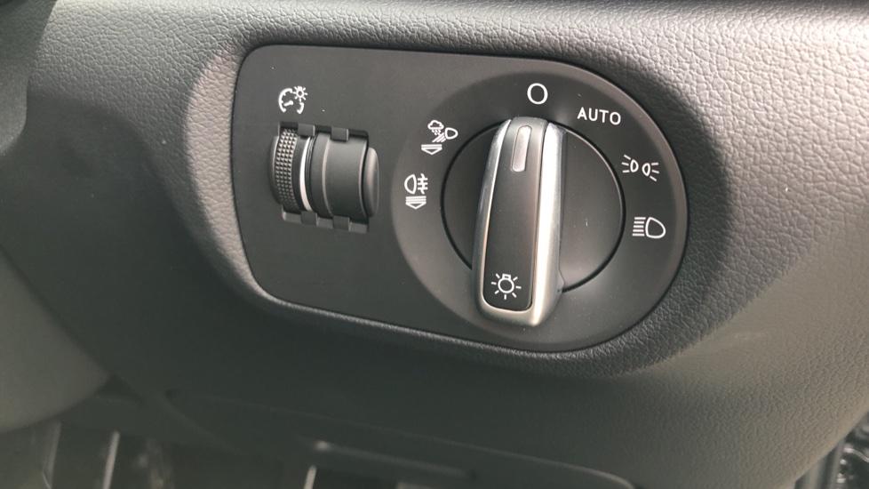 Audi Q3 2.0 TDI Quattro S Line Plus 5dr image 23