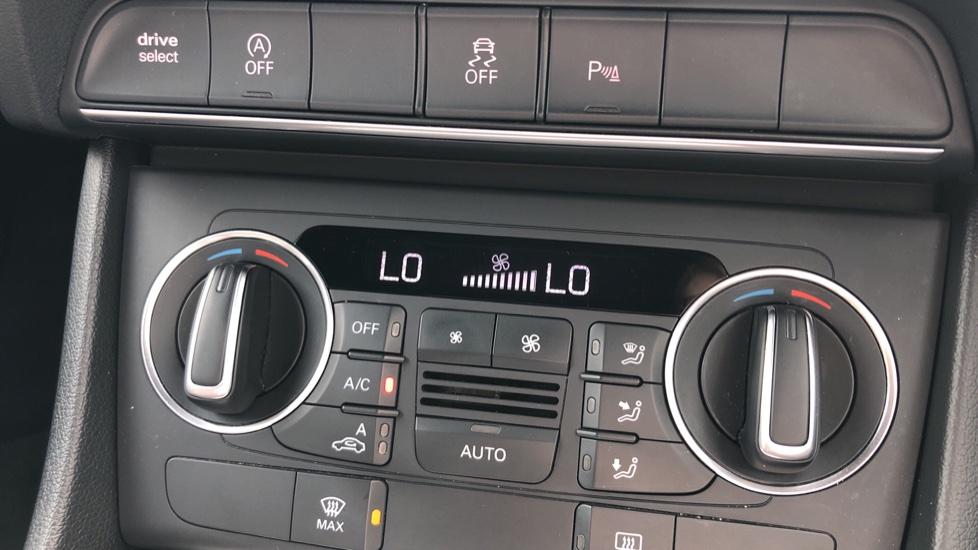 Audi Q3 2.0 TDI Quattro S Line Plus 5dr image 30