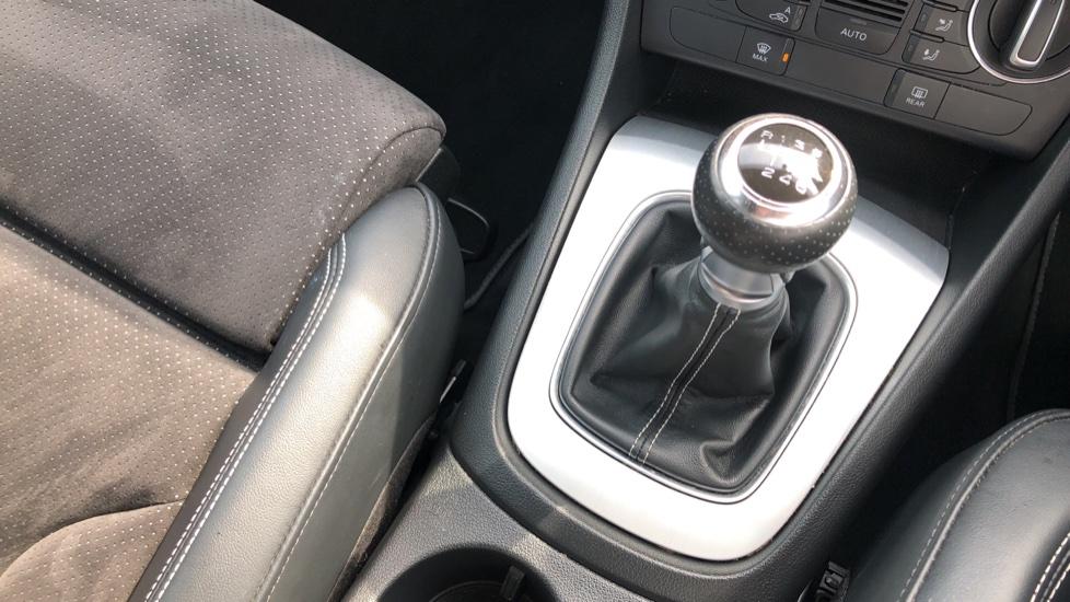 Audi Q3 2.0 TDI Quattro S Line Plus 5dr image 31