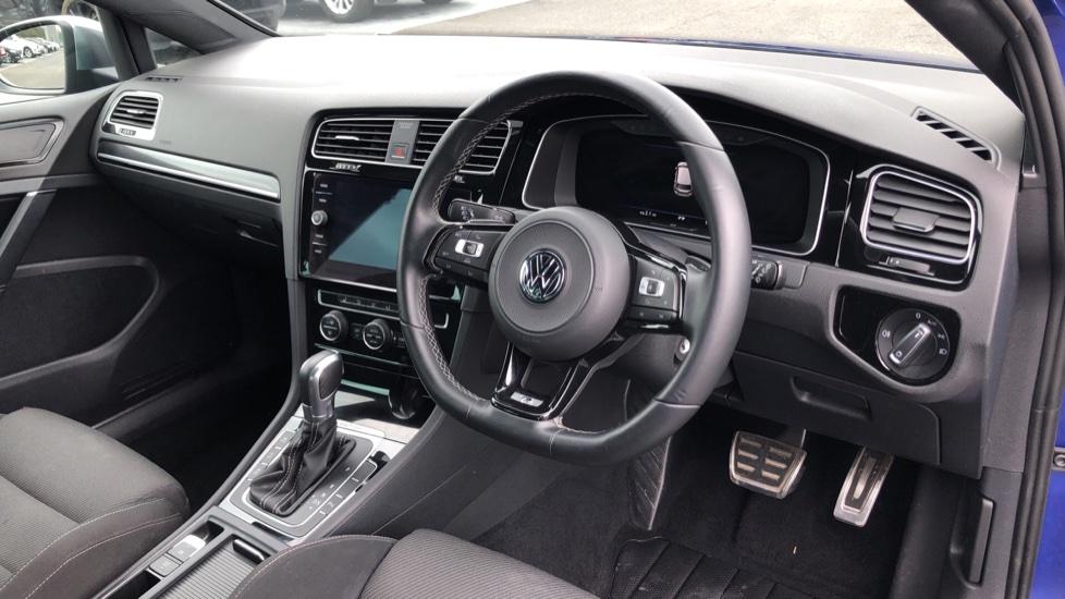 Volkswagen Golf 2.0 TSI 310 R 4MOTION DSG image 9
