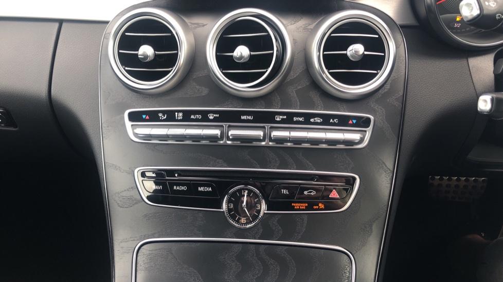 Mercedes-Benz C-Class C200 AMG Line Premium 2dr 9G-Tronic image 24