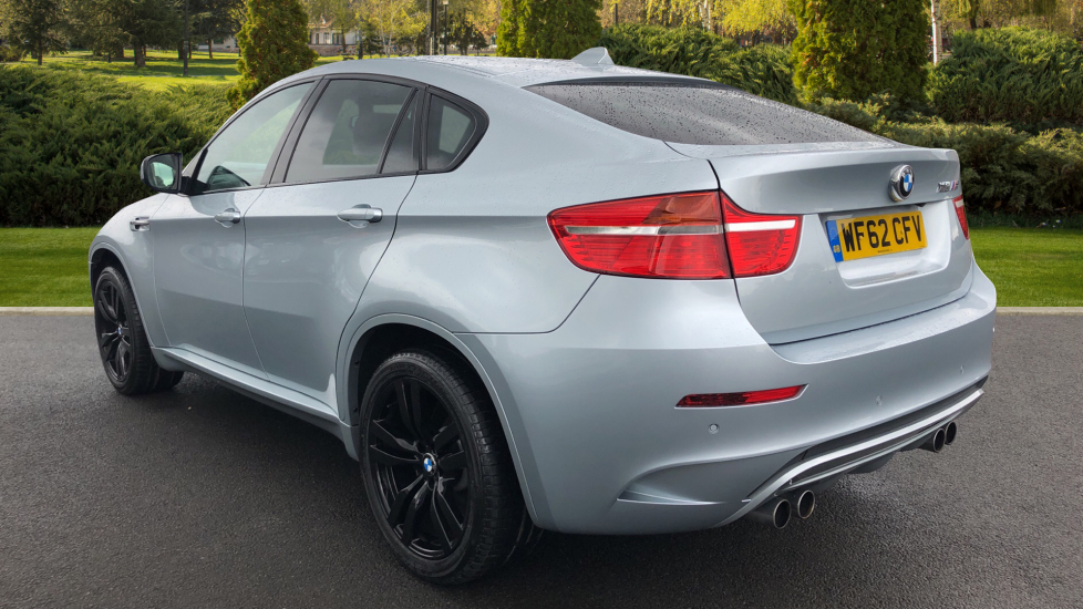 BMW X6 xDrive X6 M with Enhanced Bluetooth, Panoramic Roof, Rev Camera, DAB Radio Rr Heated Seats. image 2