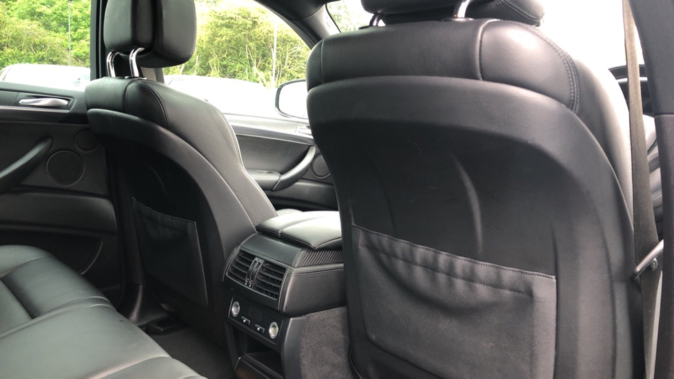 BMW X6 xDrive X6 M with Enhanced Bluetooth, Panoramic Roof, Rev Camera, DAB Radio Rr Heated Seats. image 27