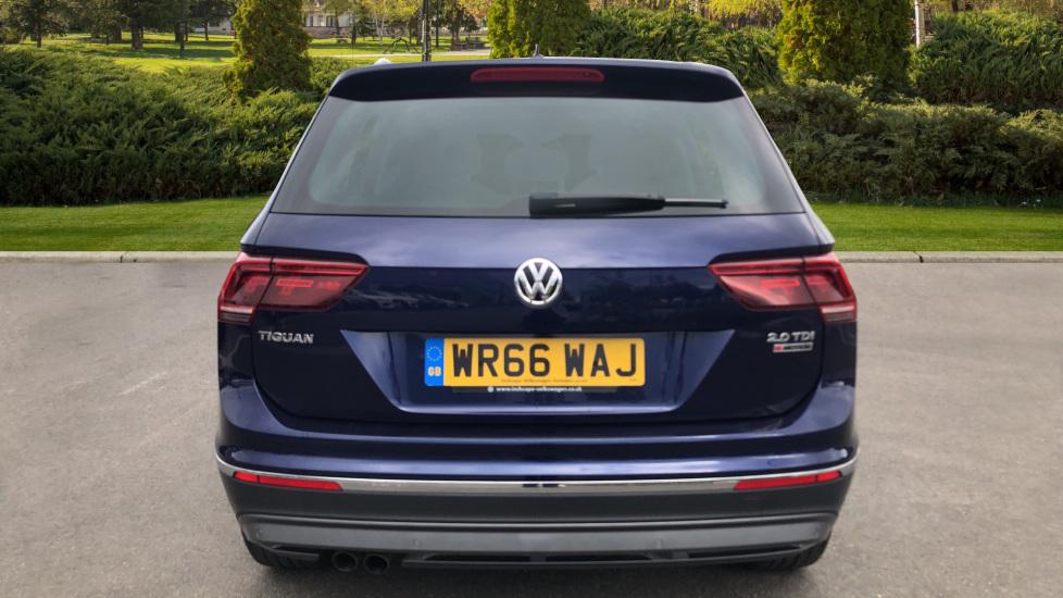 Volkswagen Tiguan 2.0 TDi 150 4Motion SEL 5dr image 6