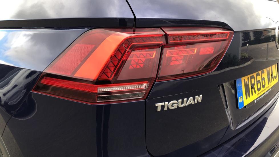 Volkswagen Tiguan 2.0 TDi 150 4Motion SEL 5dr image 10