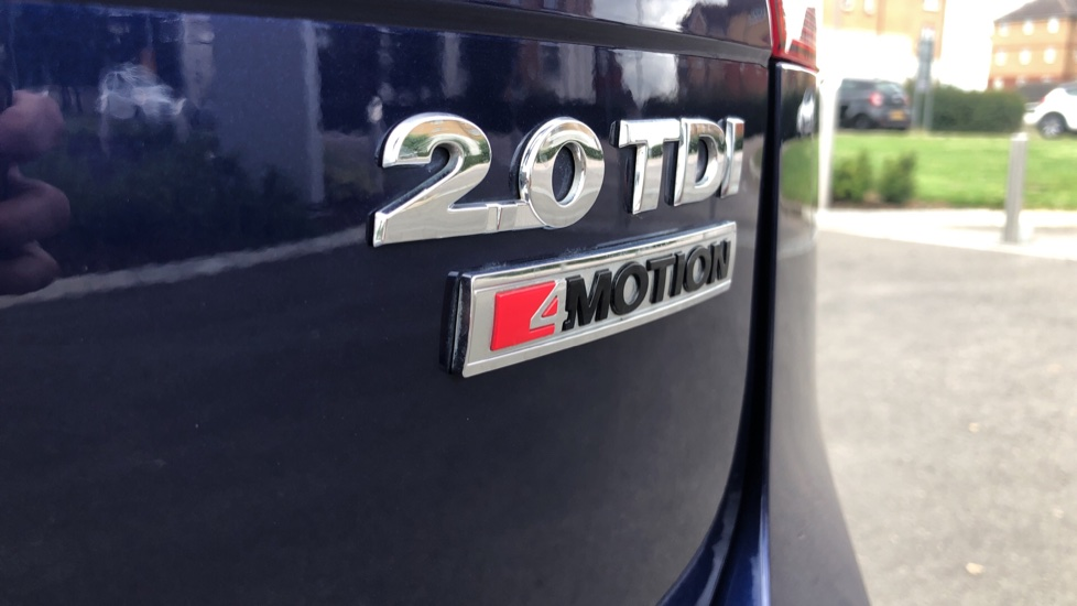Volkswagen Tiguan 2.0 TDi 150 4Motion SEL 5dr image 12