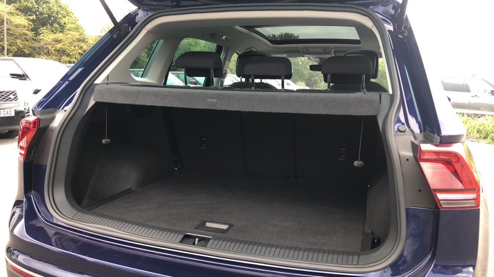 Volkswagen Tiguan 2.0 TDi 150 4Motion SEL 5dr image 13