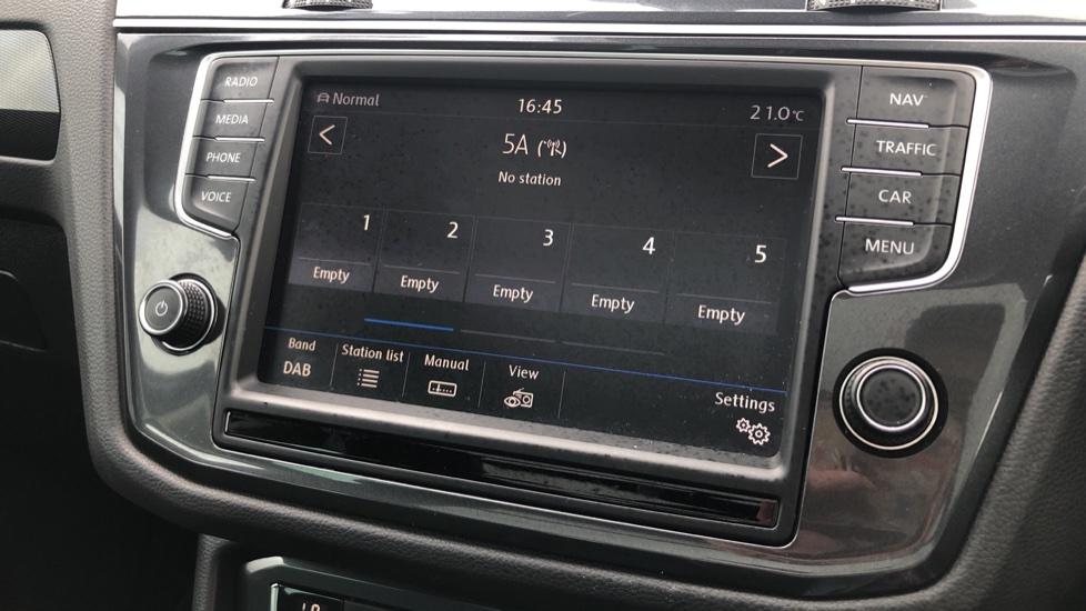Volkswagen Tiguan 2.0 TDi 150 4Motion SEL 5dr image 31