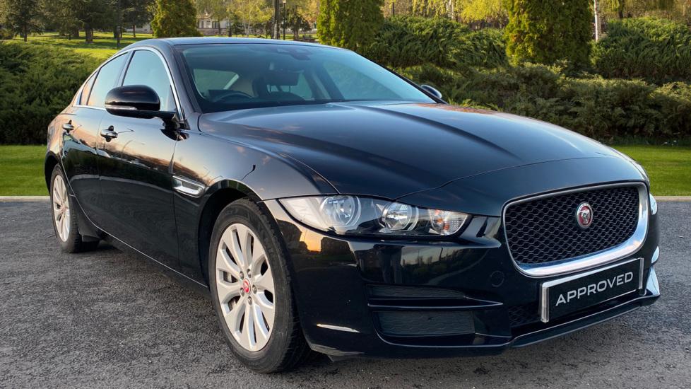 Jaguar XE 2.0d Prestige 4dr Diesel Saloon (2015)