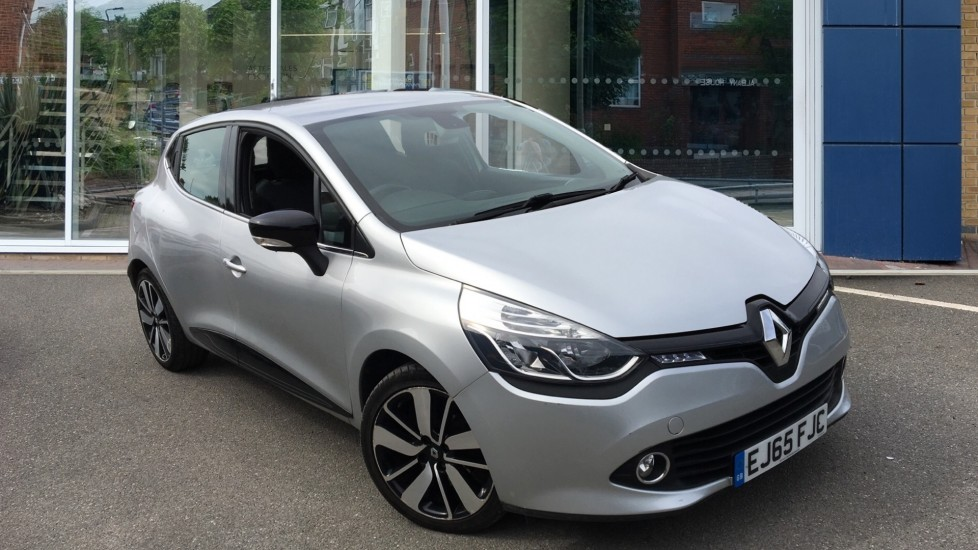 Used Renault Clio Hatchback 1.5 dCi Dynamique S Nav EDC Auto 5dr