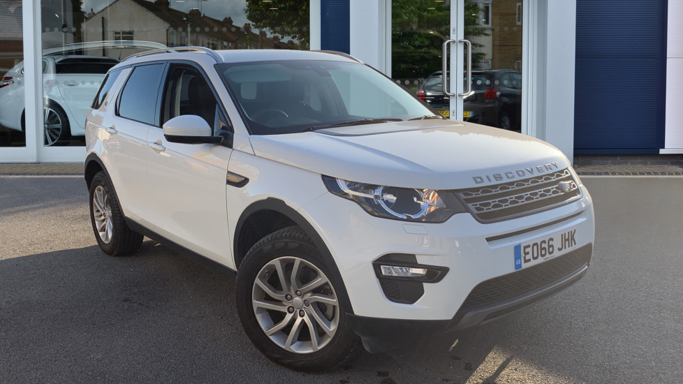 Used Land Rover Discovery Sport SUV 2.0 TD4 SE Tech 4WD (s/s) 5dr 7 Seat