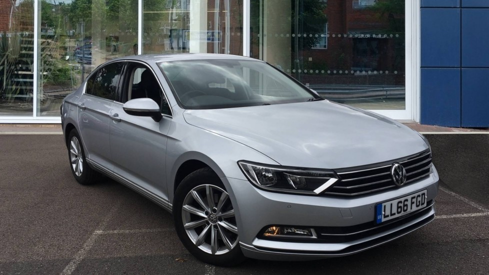 Used Volkswagen Passat Saloon 1.6 TDI BlueMotion Tech SE Business (s/s) 4dr