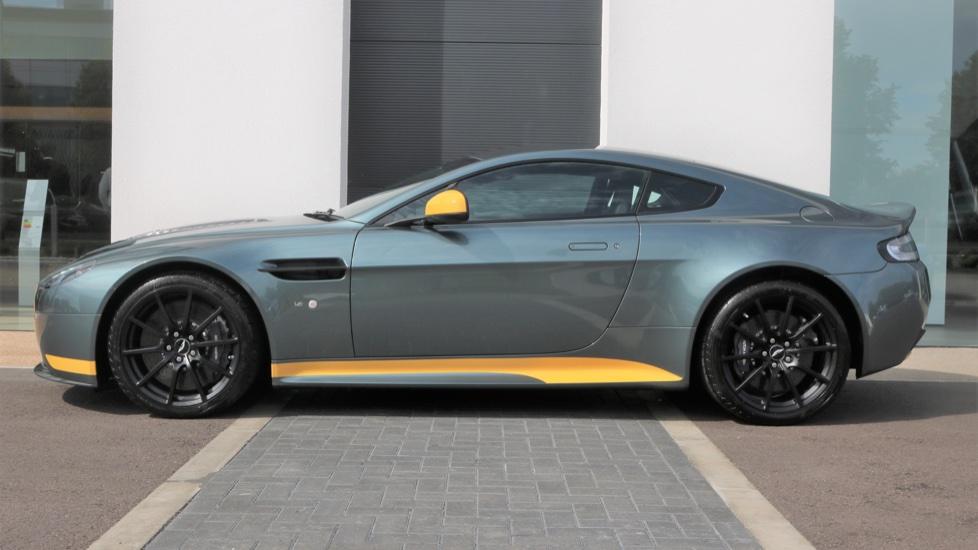 Aston Martin V12 Vantage S Coupe S 2dr image 2