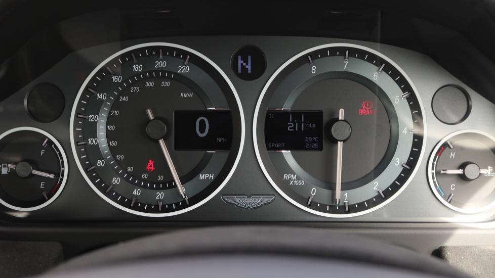 Aston Martin V12 Vantage S Coupe S 2dr image 18