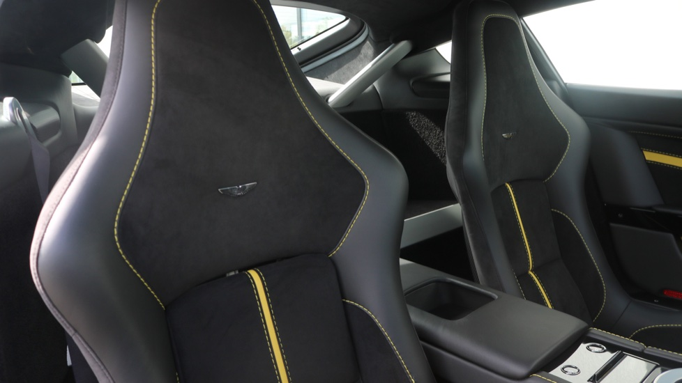 Aston Martin V12 Vantage S Coupe S 2dr image 20