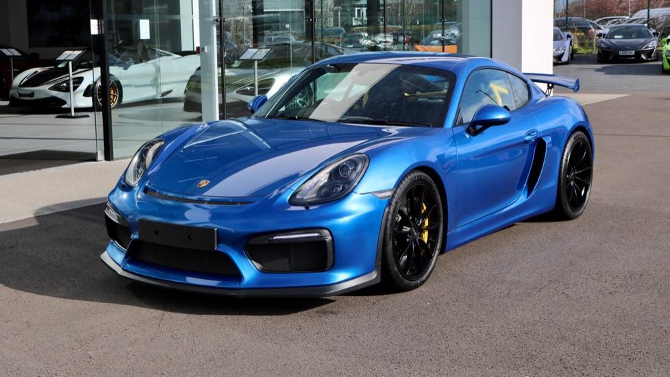 Porsche Cayman GT4 image 3