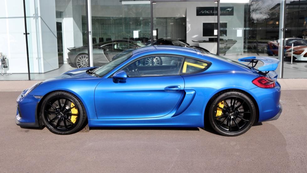 Porsche Cayman GT4 image 5