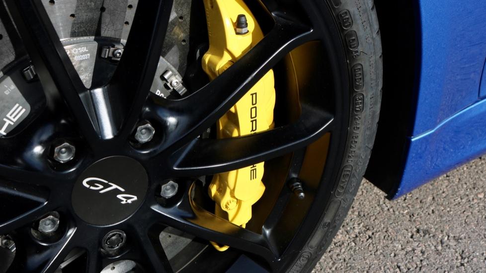 Porsche Cayman GT4 image 17