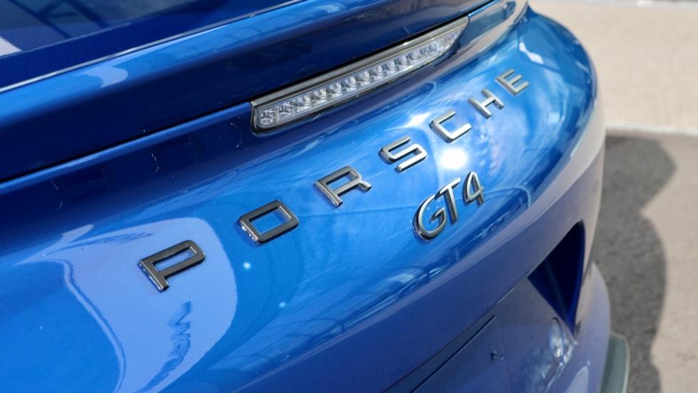 Porsche Cayman GT4 image 24