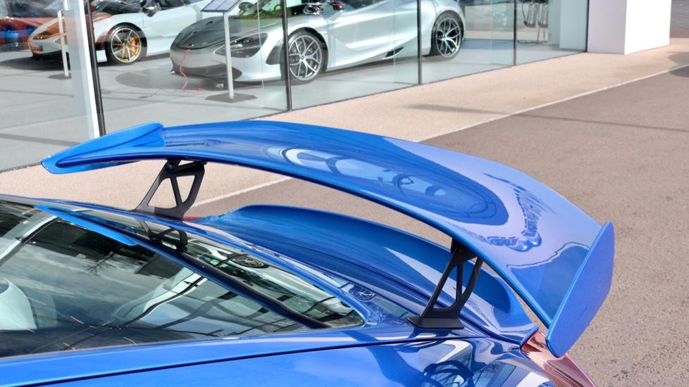 Porsche Cayman GT4 image 26