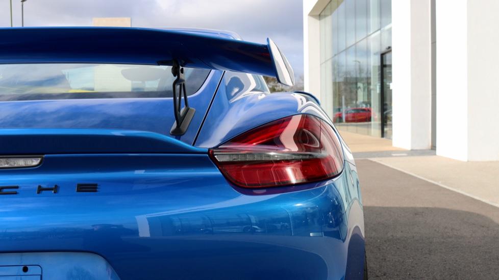 Porsche Cayman GT4 image 28